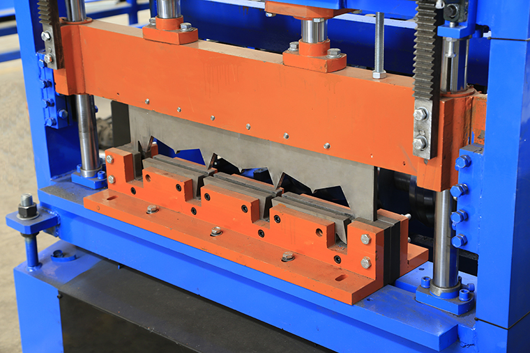 Floor Decking Roll Forming Machine Post Cutter